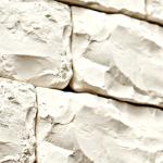 თლილი ქვა, თეთრი